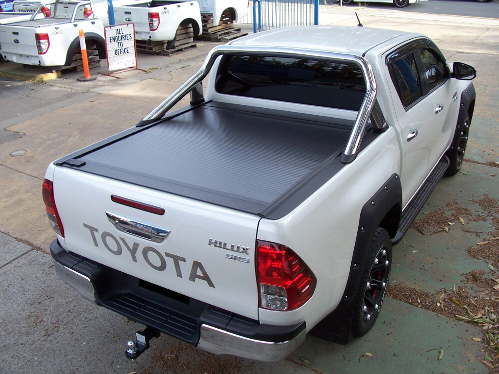 RetraxOne Tonneau Cover